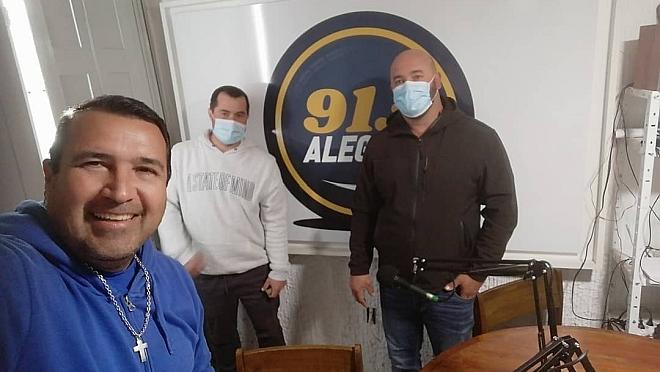 La visita a la Radio de Matias Jardim y Gonzalo Parodi, hablando de la pesca indiscriminada del Dorado