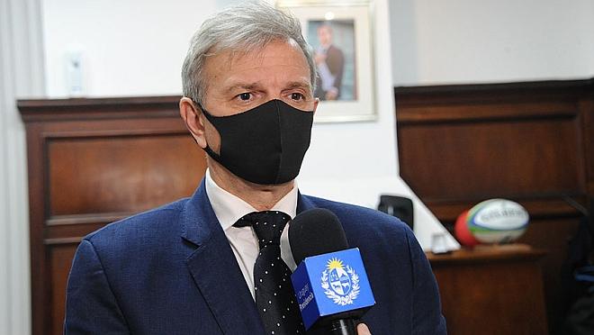 Gobierno autorizó ingreso de público y reactivación comercial en partidos por Eliminatorias y Uruguayo