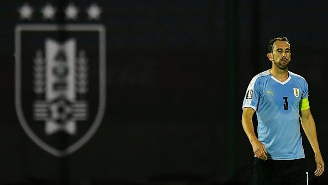 Italia se suma a la negativa de ceder futbolistas y Uruguay se ve cada vez más afectado