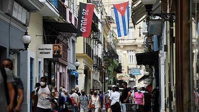 Cuba autoriza temporalmente a viajeros libre importación de medicinas, alimentos y aseos